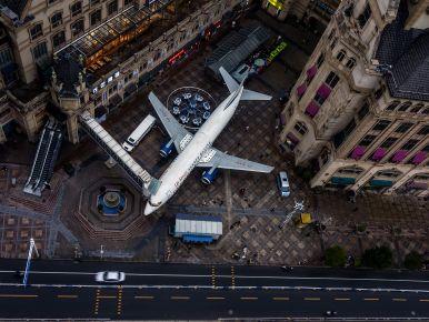 飞机主题餐厅《莉莉航空》